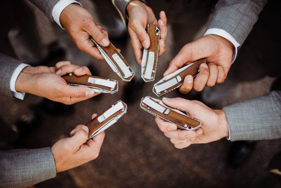 groomsmen gift knives