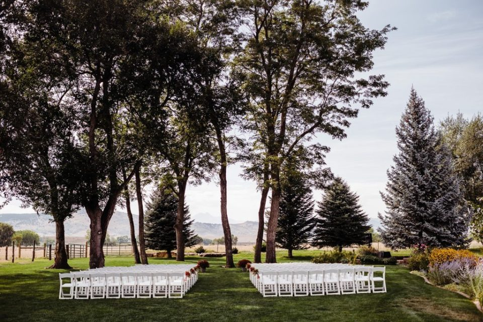 wedding ceremony at shupe homestead in longmont