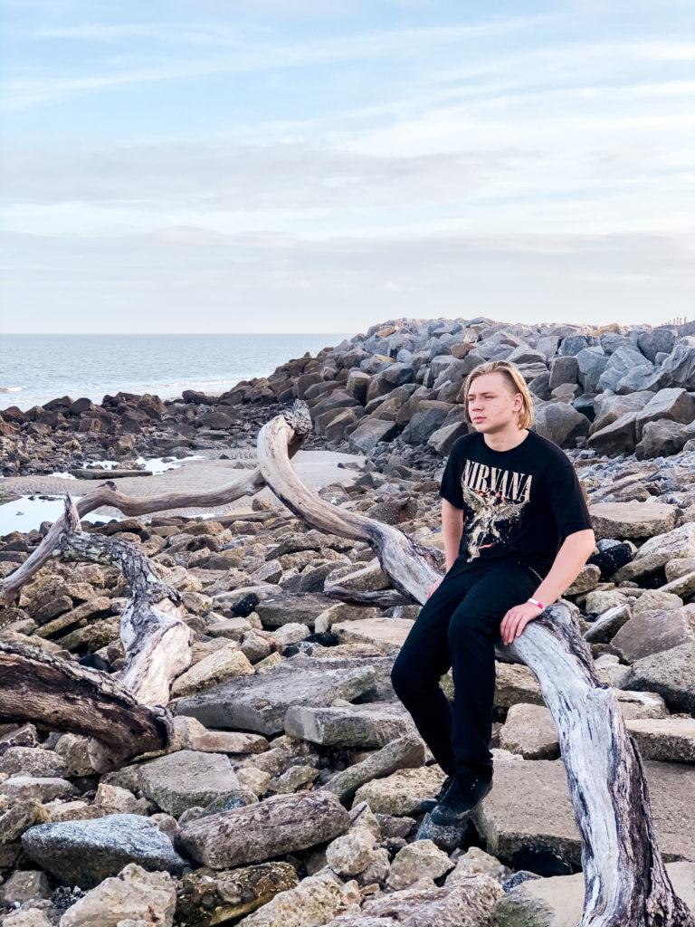 teenager at driftwood beach