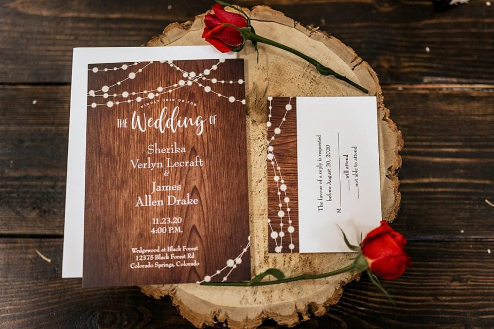 wedding invitations on wood circle