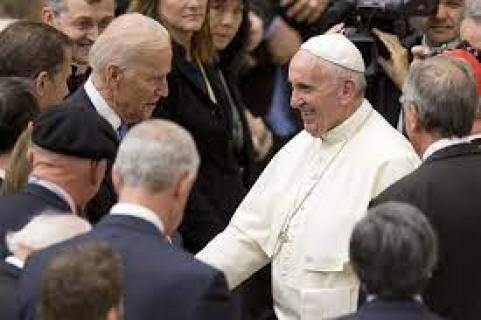 Vatican warns U.S. bishops about rebuking Biden, other Catholic pols -  POLITICO