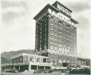 New Battery Park Hotel, 1924 (photo late 1930s). Pack Memorial Public Library.
