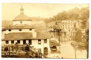 Depot Street and Southern Railway Depot (L), Flood of 1916. Pack Memorial Public Library.