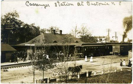 Gastonia passenger station, 1908. Durwood Barbour Collection of North Carolina Postcards, UNC Chapel Hill.