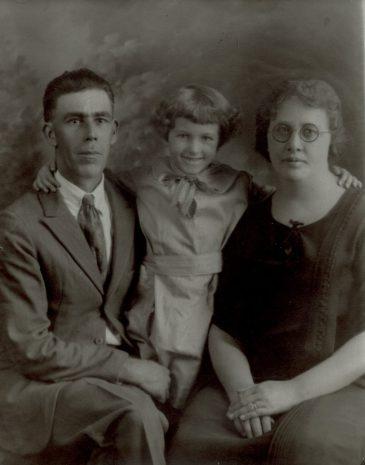 Piearce, Mary Neal and Pearl