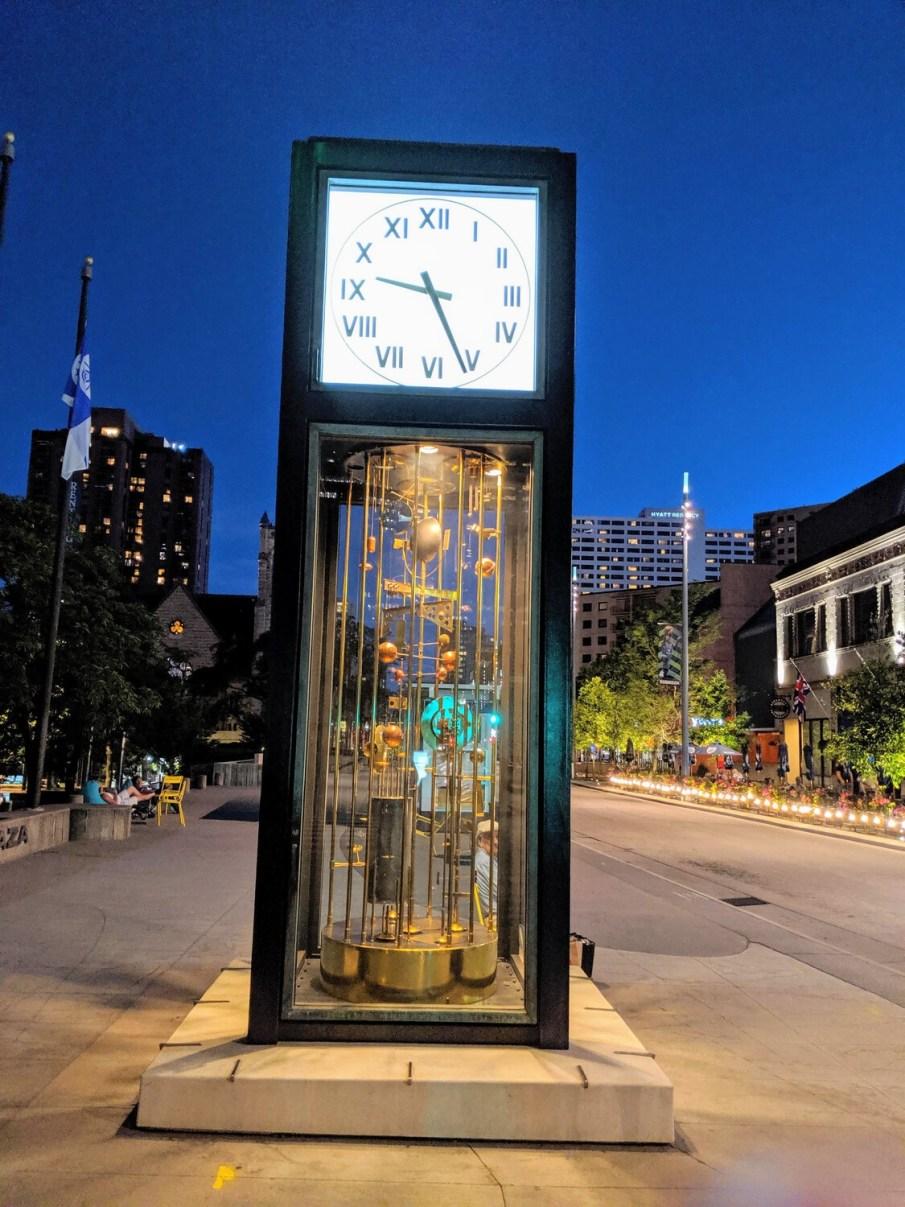 Sculpture Clock