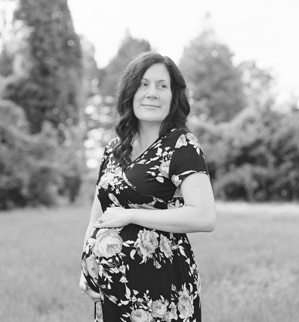 Open Field Maternity Session   Baton Rouge Photographer