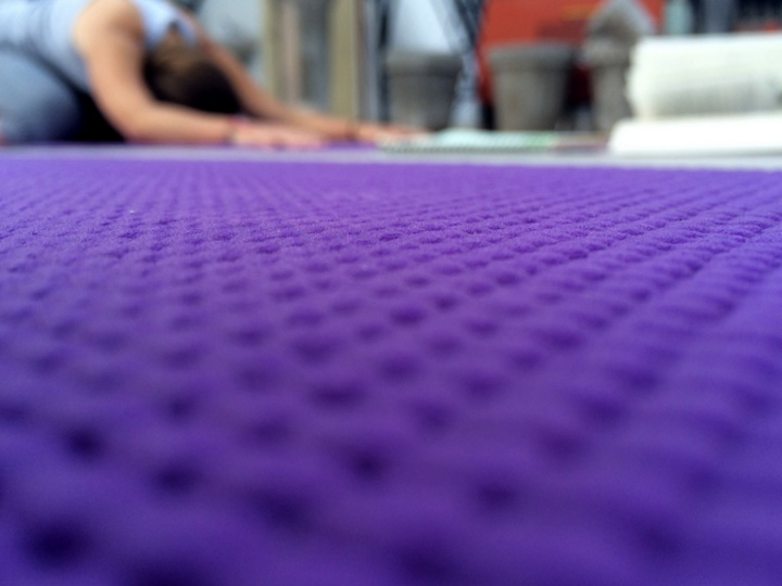 India_Yoga_Teacher_Training_Packing_yoga_mat