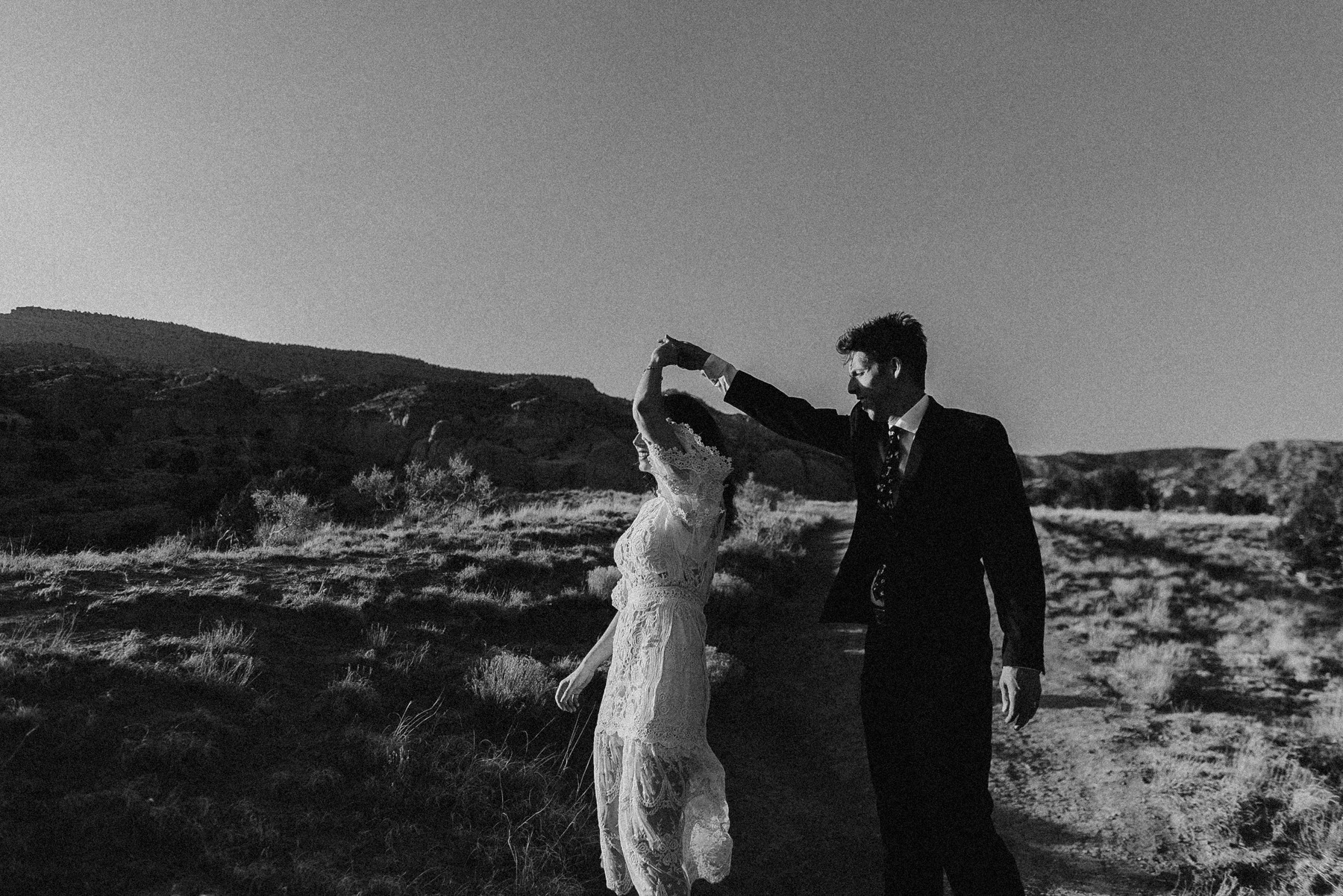 Elopement in New Mexico | New Mexico Elopement | Elope in New Mexico | Desert elopement | Ghost Ranch Elopement | Elope in the Desert | Ashley Joyce Photography 2020