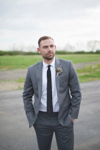Honey Farm Wedding Reception Venue Dayton Ohio by Ashley Lynn Photography (23)