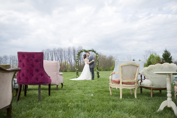 Honey Farm Wedding Ceremony Outdoor Venue Dayton Ohio by Ashley Lynn Photography (31)