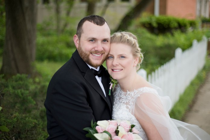 Mills_Park_Hotel_Yellow_Springs_Wedding_by_Ashley_Lynn_Photography (24)