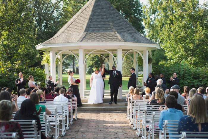 1019-Polen-Farm-Kettering-Ohio-Wedding-by-Ashley-Lynn-Photography