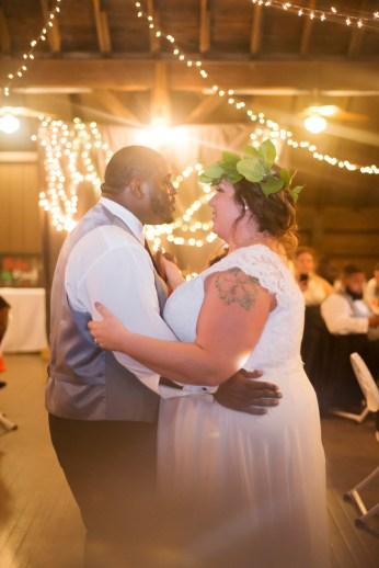 1030-Polen-Farm-Kettering-Ohio-Wedding-by-Ashley-Lynn-Photography