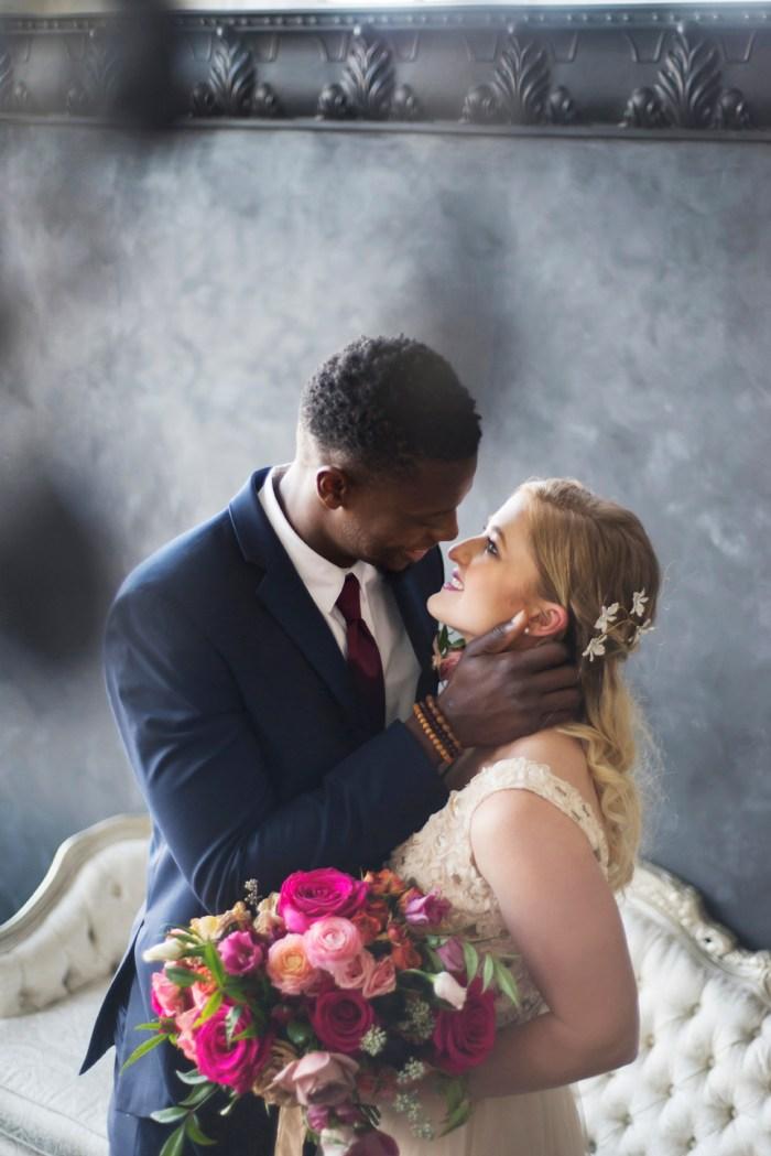 1010_Dayton_Ohio_Colorful_Wedding_By_Ashley_Lynn _Photography