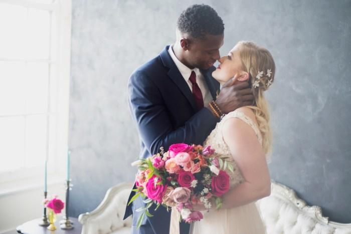 1011_Dayton_Ohio_Colorful_Wedding_By_Ashley_Lynn _Photography