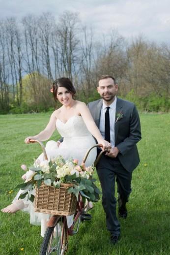 Honey Farm Wedding Reception Venue Dayton Ohio by Ashley Lynn Photography (37)