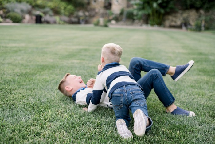 Just a couple of kids playing around during a family photo session in Dayton, Ohio