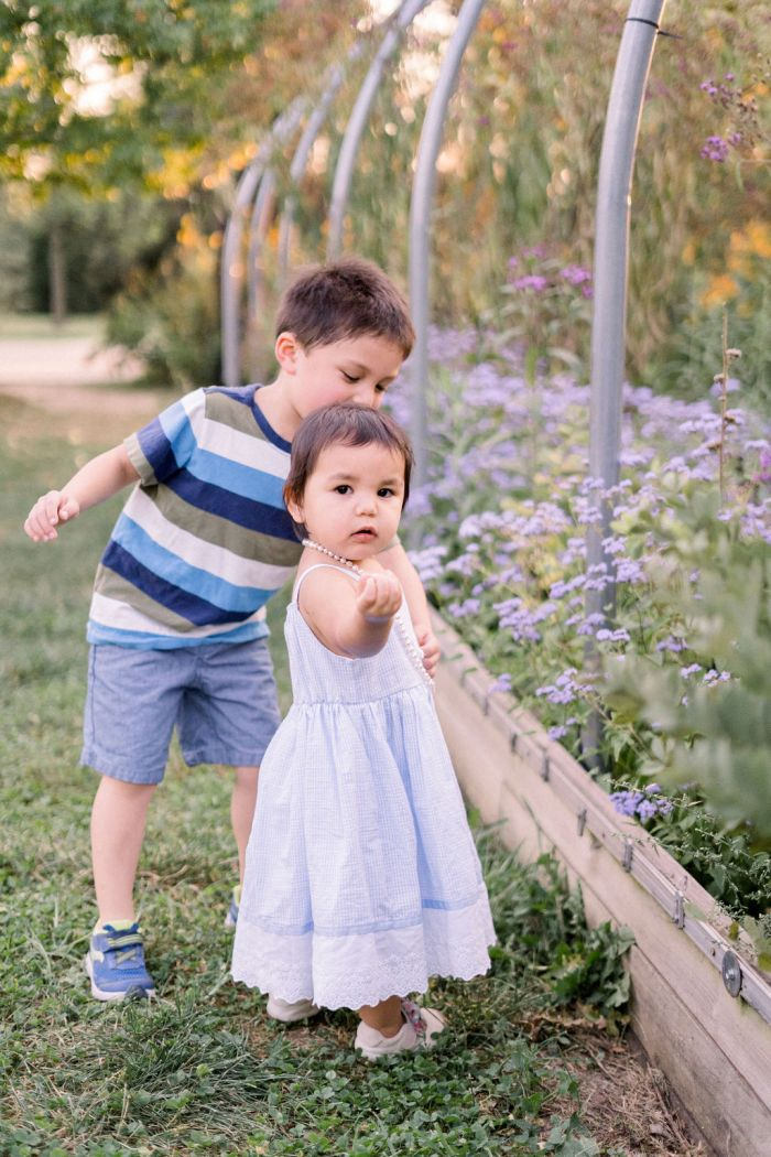 Garden Family Portraits | Dayton, Ohio Photographer