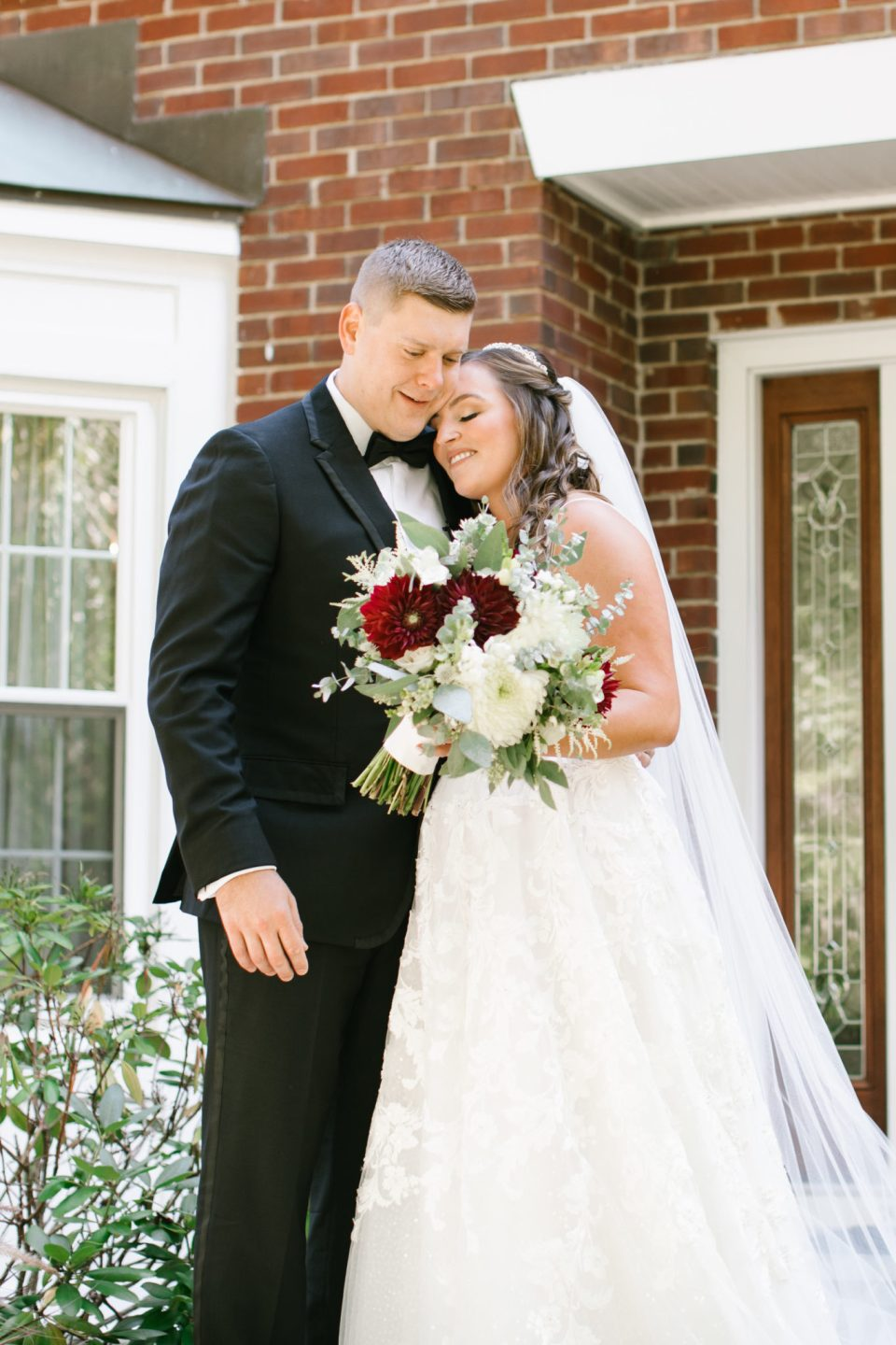 Ashley Mac Photographs photographs Navesink Country Club wedding day first look