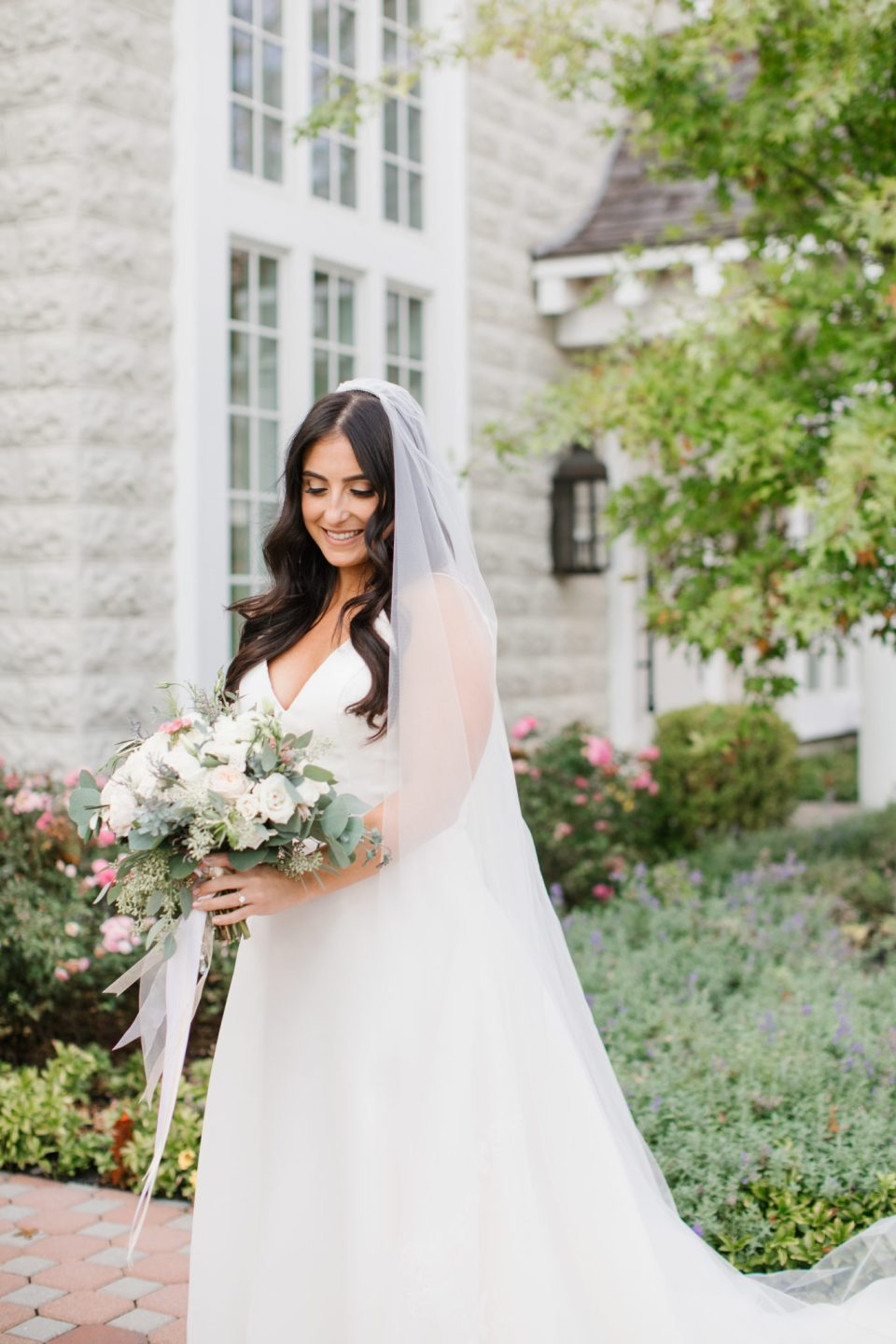 Ashley Mac Photographs photographs bridal portraits at Ryland Inn