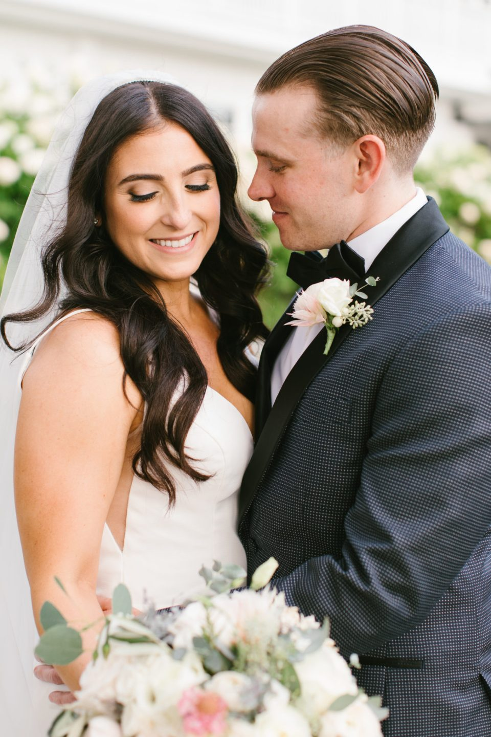 summer wedding portraits by NJ wedding photographer Ashley Mac Photographs