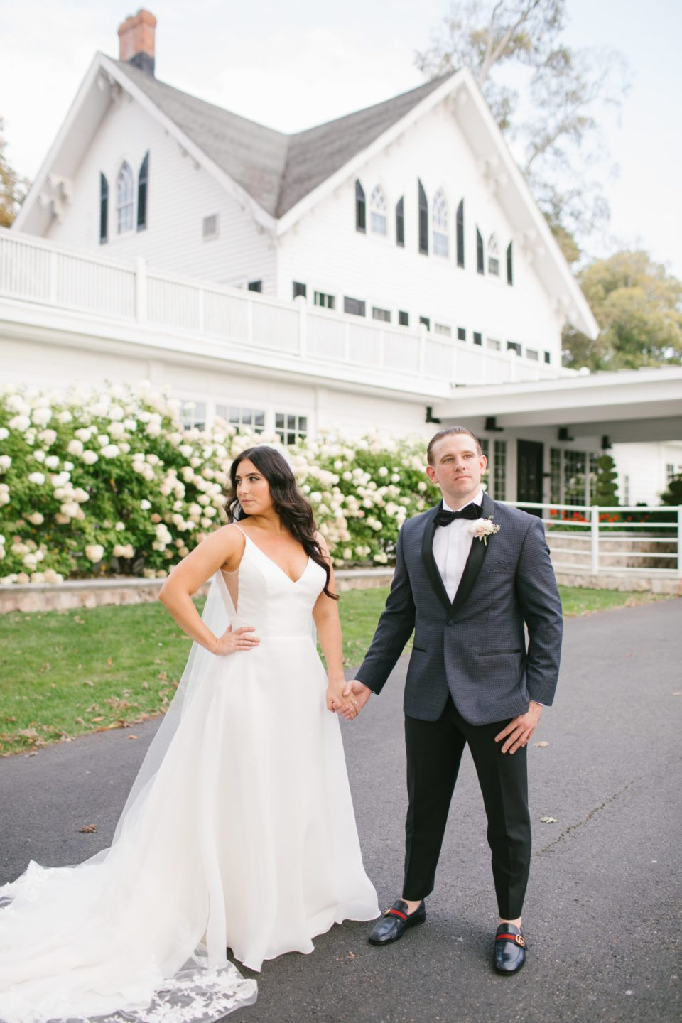 Ryland Inn wedding photos for fall wedding with Ashley Mac Photographs