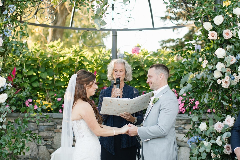 West Hills Country Club wedding ceremony outside with Ashley Mac Photographs