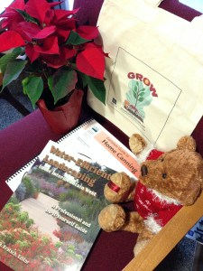 Gardening books and tote bags from Cooperative Extension make great holiday gifts. Photo by Ashley Andrews.