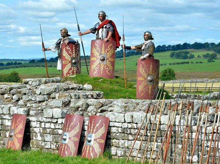 Hadrians-defend_3430093k