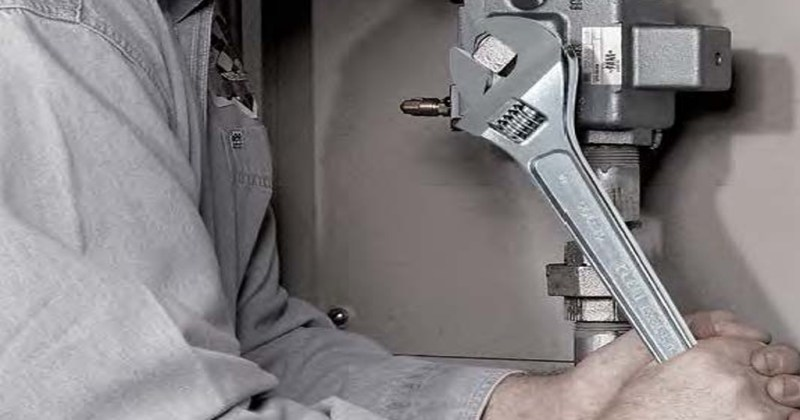 Wrenches And Pins - Rigging Tools