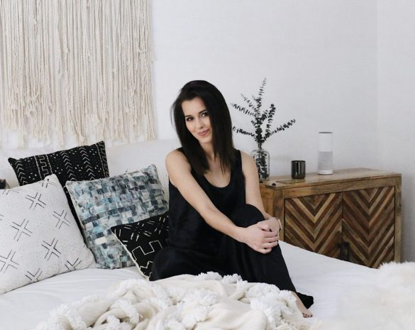 Sleep // Stree Free // Ashley Terk // Holidays - Night Time Routine featured by popular Los Angeles life and style blogger, Ashley Hodges