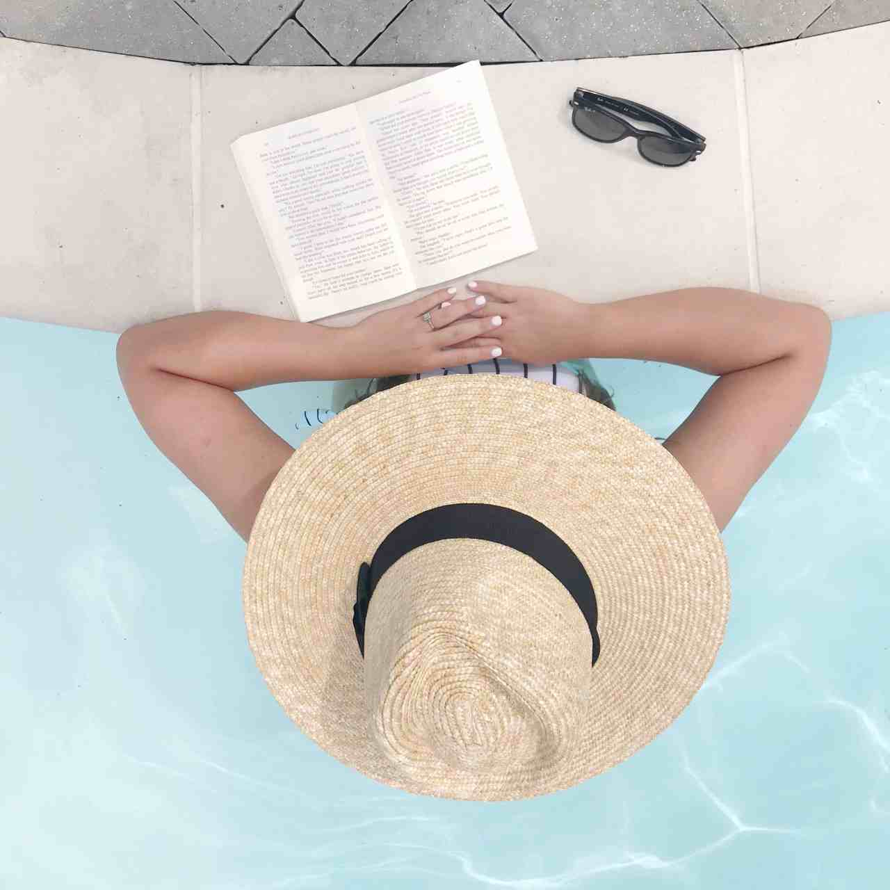 ASHLEY'S CURRENT READS: SUMMER EDITION