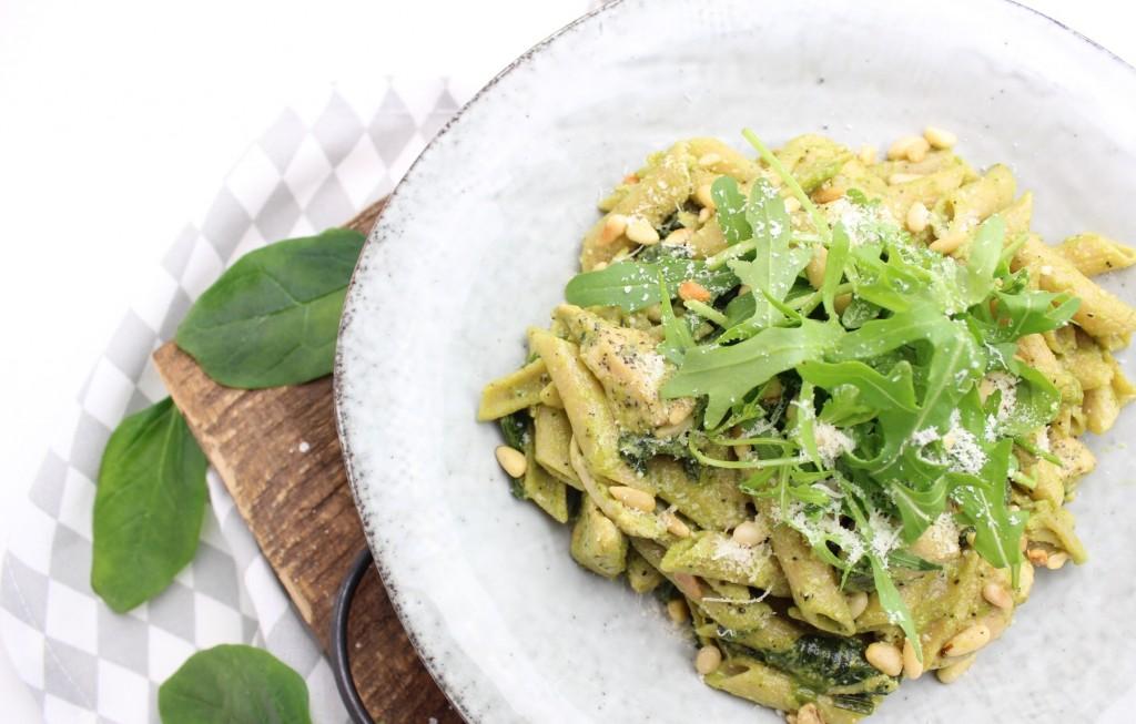 pasta pesto met kip en spinazie