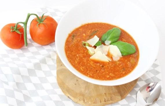 tomaten kippensoep