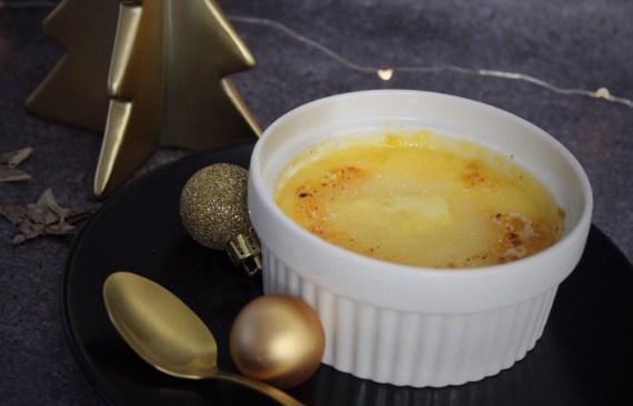 Crème brûlée met witte chocolade uit de stoomoven