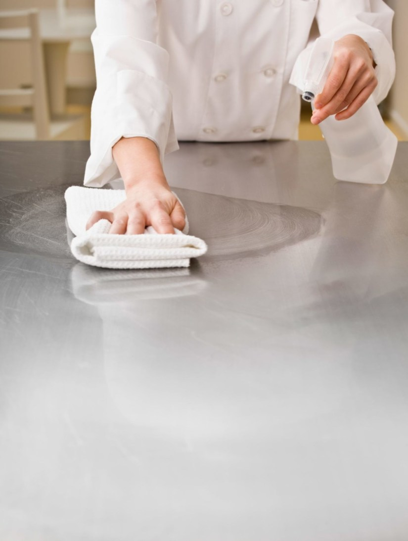 cleaning granite countertops stains