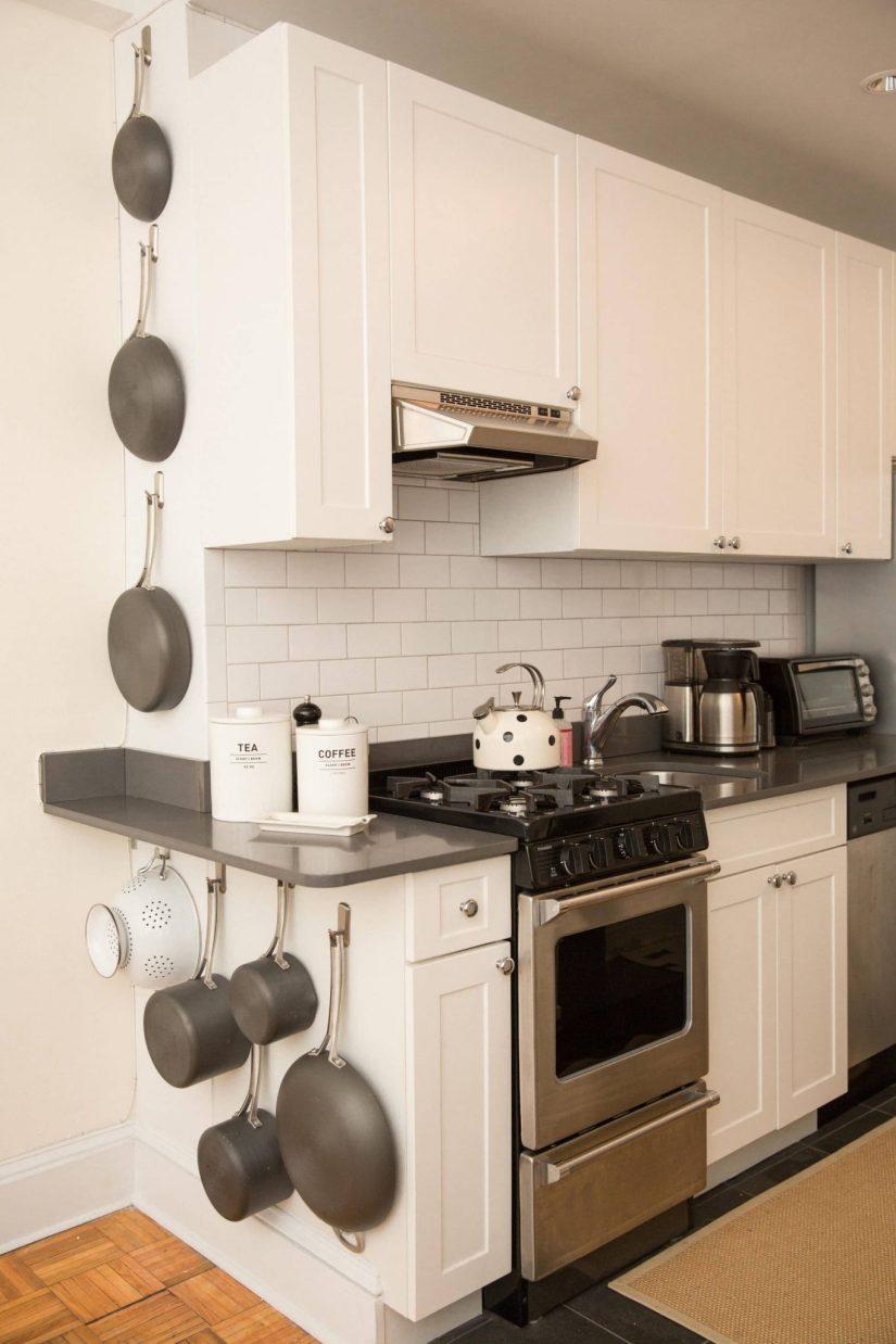 Kitchen Cabinet Interior Design: 33 Attractive Small Kitchen Design Ideas In 2020 [Budget