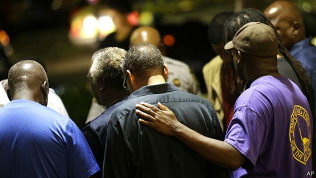 چرا در آمریکا کلیساهای سیاه پوستان و سفیدپوستان جداگانه است؟
