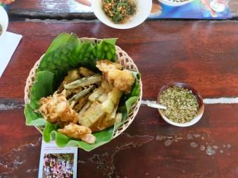 Tempura and vinegar, garlic and chilli dipping sauce