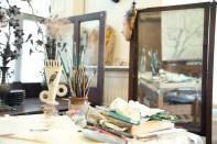 Victoria Crowe's studio, West Linton, Scottish Borders 2013. Photo: Alicia Bruce (http://www.aliciabruce.co.uk/projects/fleece-to-fibre/)