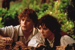 Sean Astin and Elijah Wood in The Lord Of The Rings