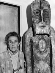 Leonora Carrington photographed by Chloe Aridjis in 1994