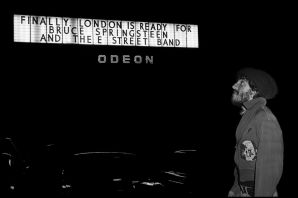 Bruce Springsteen outside the Hammersmith Odeon