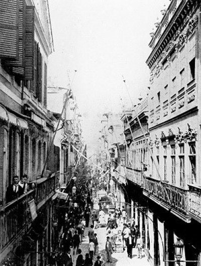 The Rua do Ouvidor, c. 1890, photographed by Marc Ferrez