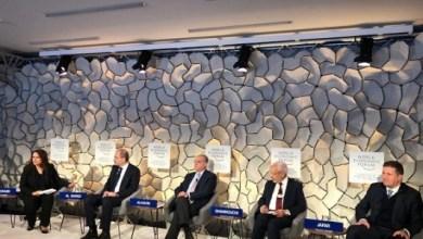 Photo of وزير الخارجية من دافوس: استراتيجيتنا الاستثمارية تقوم على هذه الامور