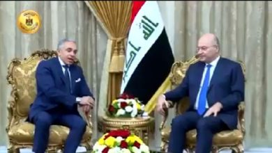 Photo of بالفيديو.. رئيس الجمهورية يستقبل سفير جمهورية مصر العربية في العراق