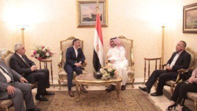 Photo of وزير العمل يصل إلى القاهرة للمشاركة في أعمال الدورة الـ(46)لمؤتمر العمل العربي