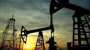 Photo of النفط يهوي 5% جراء المخزون الأميركي وتزايد إصابات كورونا