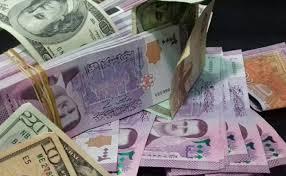 Photo of انهيار الليرة السورية إلى أدنى مستوياتها أمام الدولار